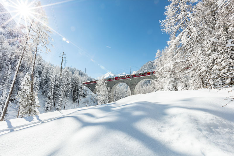 Albula viaduct in winter